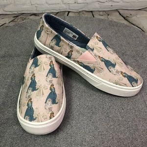 NWOB Sleeping Beauty DisneyX Toms Shoes Youth Sz 4